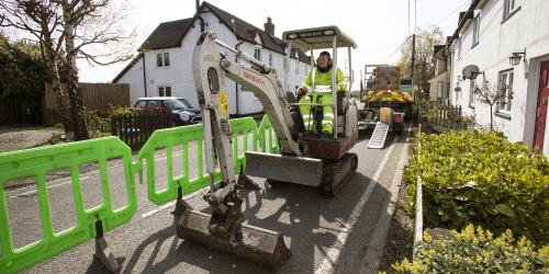 Superfast broadband mythbuster – why Ultrafast full fibre is leading the digital charge